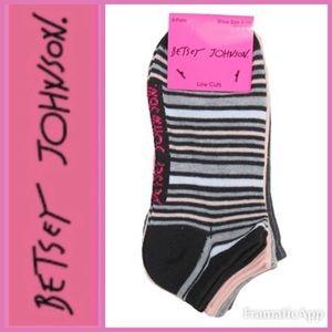 🆕💋BETSEY JOHNSON 6 Pair Pack Low Cut Socks
